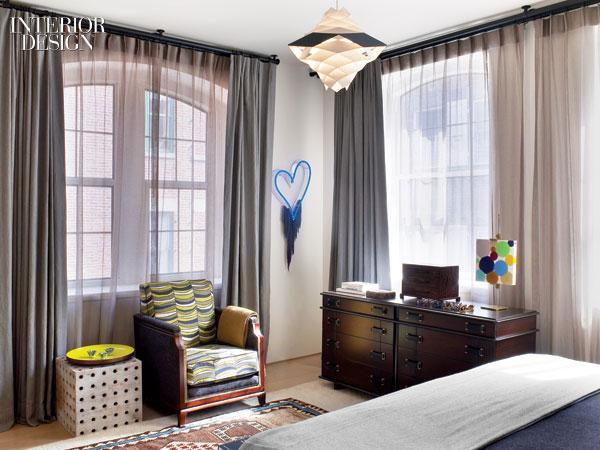 Paul Frank Bedroom In A Box: Loft Peeping: Art-Loving Bachelor