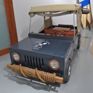 car R 20th Century 1813