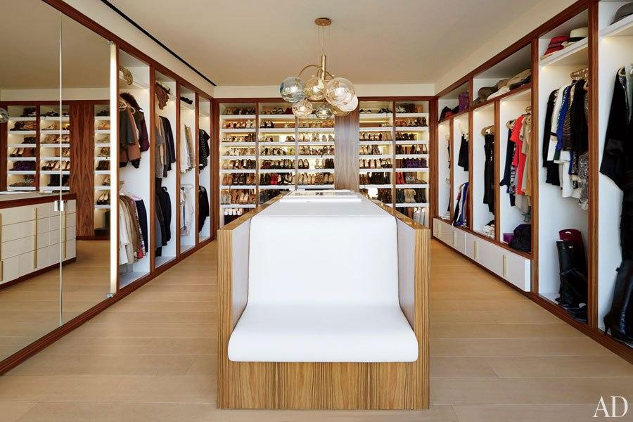 Hirtenstein Christinas dressing room
