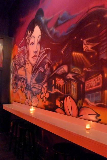 Bisutoro bar mural