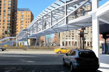 West Thames Pedestrian Bridge rendering courtesy NYC EDC