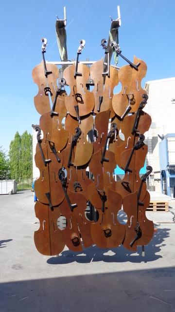 Arman sculpture