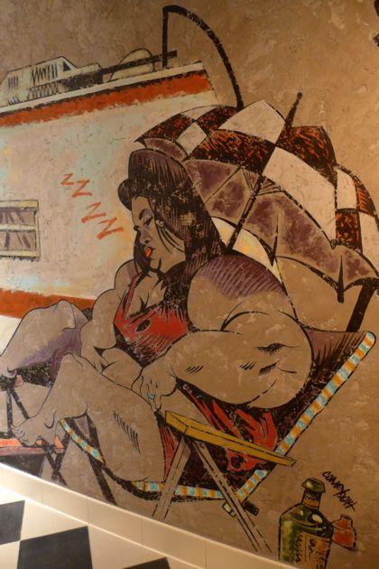 El Vez mens room mural