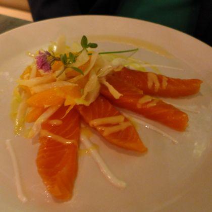 Tutto il Giorno Tribeca salmon crudo