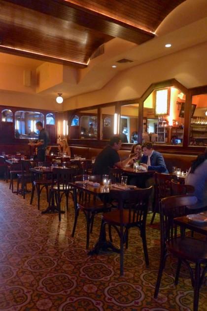 Cafe Noir banquette