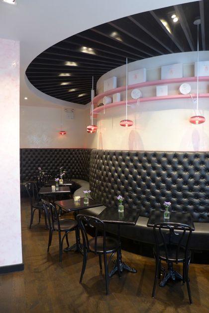 Macaron Cafe banquette