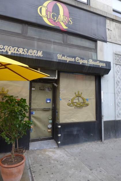 Q Cigars flower shop