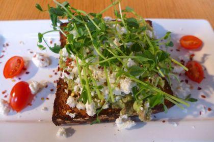 Gotan avocado feta toast