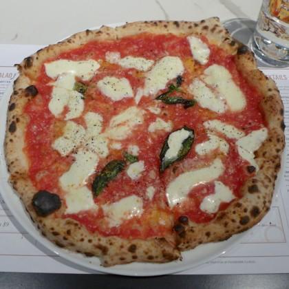 Adoro Lei margherita pizza