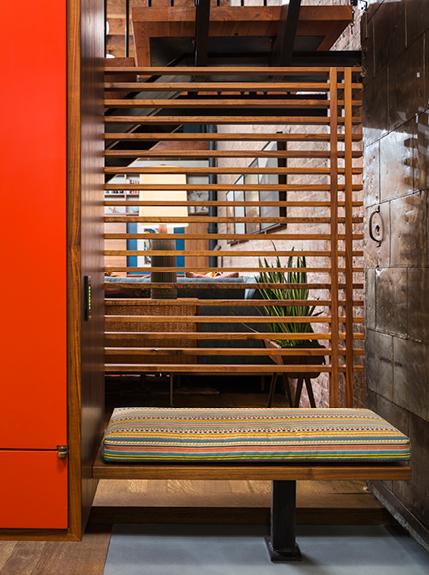 Foyer Seating Nyc : Tribeca citizen indoor outdoor loft entryway bench