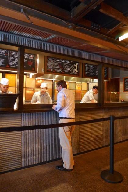 El Vez Burrito counter