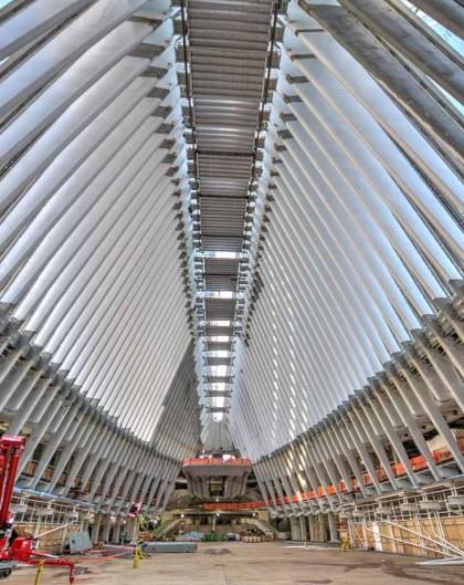 Installing skylight platforms at WTC Transportation Hub Oculus