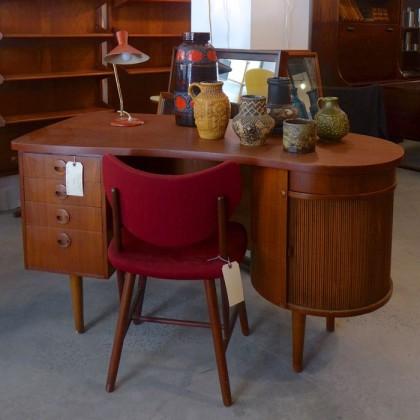 Baxter and Liebchen desk