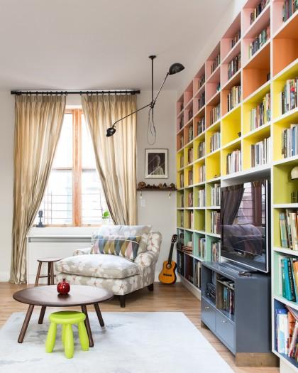 Loft Peeping Ha Tesler by Alice Gao living room2