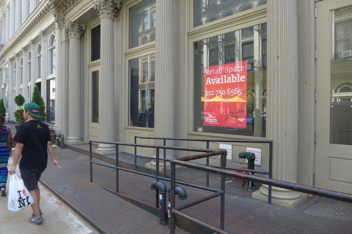 Duane vacant storefront3
