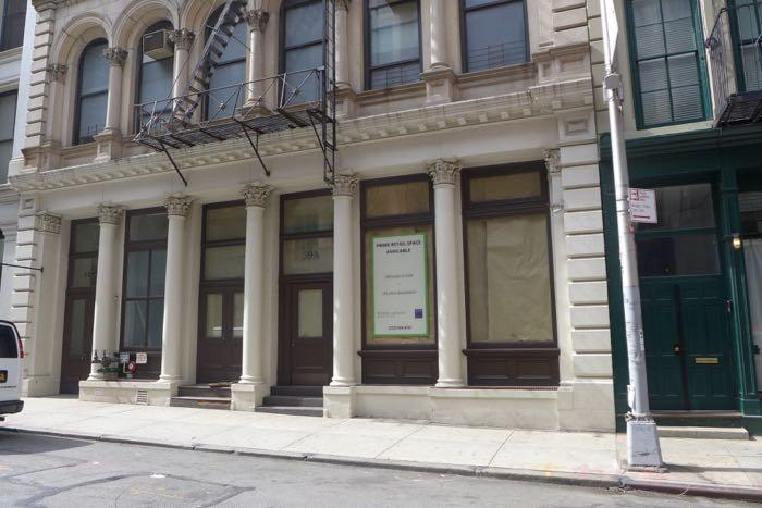 Walker vacant storefront