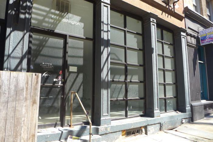 Washington vacant storefront