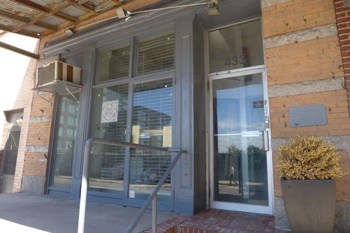Washington vacant storefront4