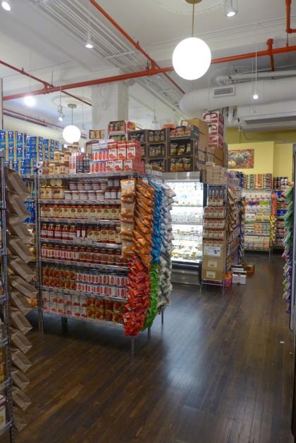 Gourmet Garage Tribeca aisle2