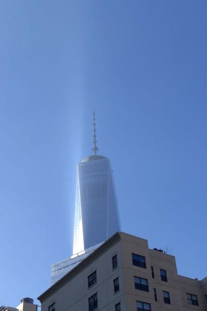 1 World Trade Center light show