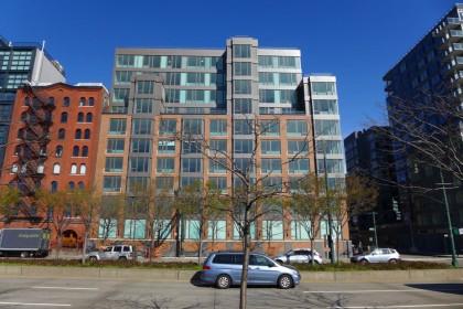 456 Washington western facade