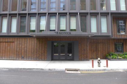 15 Renwick entrance
