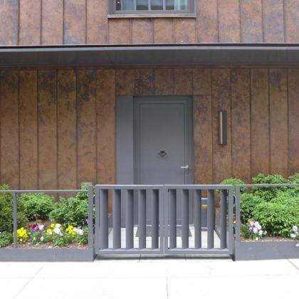 15 Renwick townhouse entrance