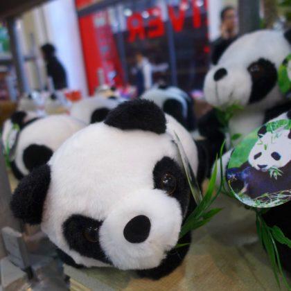 pearl-river-mart-tribeca-popup-pandas